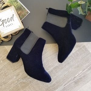 H&M Blue Velvet Rounded Toe Ankle Block Heel Boots